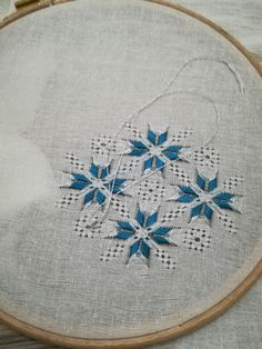 Drawn Thread, Irish Lace, Bargello, Fabrics, Kids Rugs, Organic, Embroidery, Patterns, Handmade