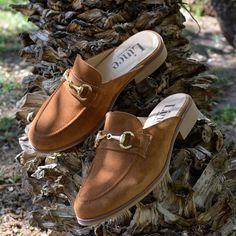 ¿Quieres ir a la última? Si la respuesta es sí, debes probar la tendencia de esta temporada ¡los zapatos destalonados!