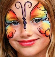 Muitas opções de pinturas para as meninas: Monster high , borboletas, flores, hello kitty , pucca