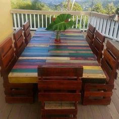 Table for eight made with pallets por Mueblesenpaletas en Etsy Recycled Pallets, Wood Pallets, Diy Wood Stain, Table And Bench Set, Wooden Pallet Furniture, Home Fix, Diy Home Repair, Wood Creations, Diy Wood Projects