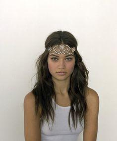 shanina sheik in sasha samuel headpiece #gatsby