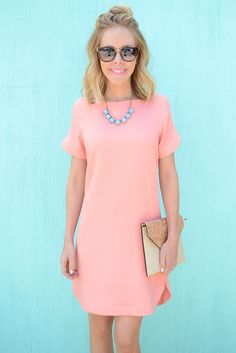 Gabrielle Short Sleeve Shift Dress- Peach