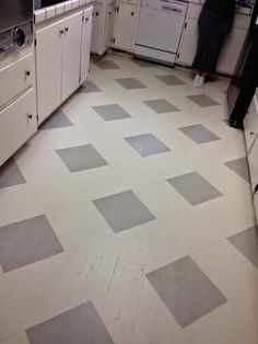 the virtuous wife: how i painted my linoleum floors | for the home