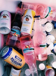 61 Ideas For Party Alcohol Drugs Life Summer Vibes, Summer Fun, Summer Beach, Summer Time Love, Summer Parties, Summer Travel, Summer Drinks, Alcohol Aesthetic, Silvester Party