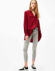 Skinny fit low waist jeans with piercings. Discover this and many more items in Bershka with new products every week