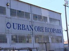 California > Berkeley > Urban Ore  Urban Ore    An vast warehouse of everyday treasures in Berkeley, CA