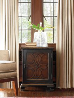 One Door Accent Chest | Hooker Furniture | Home Gallery Stores