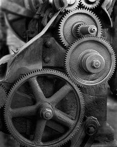 http://images56.fotki.com/v702/photos/2/1219782/7565497/gears1e-vi.jpg