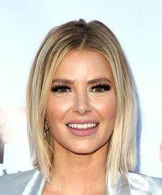 View yourself with this Ariana Madix Medium Straight Casual Bob Hairstyle - Light Blonde Hair Color