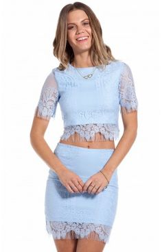 Forever Young crop in dusty blue lace