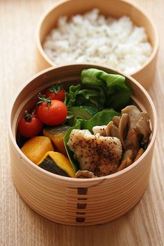Japanese lunch box (wappa box). Great addition to metal and glass options already out there.