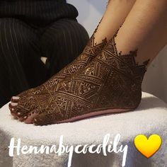 Gallery - Henna By Cocolily - - Khafif Mehndi Design, Mehndi Design Photos, Unique Mehndi Designs, Dulhan Mehndi Designs, Mehndi Images, Bridal Mehndi Designs, Mehandi Designs, Mehendi, Pakistani Bridal Hairstyles