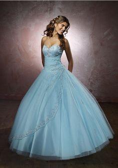 Robe mariee bleue blanche