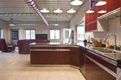 Awesome Metal Man-cave/Hobby Garage for Your Pleasure! (HQ Pictures)   Metal Building Homes