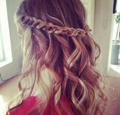penteados com cabelos soltos para casamento