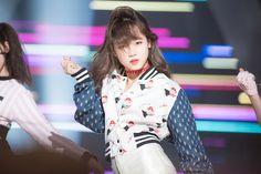Choi Yoojung - Produce 101 Produce 101, Kpop Girl Groups, Kpop Girls, Rapper, Jung Chaeyeon, Choi Yoojung, Kim Sejeong, Jeon Somi, Ioi