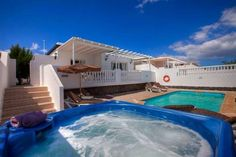 Laurelia - #VacationHomes - $104 - #Hotels #Spain #PuertodelCarmen http://www.justigo.us/hotels/spain/puerto-del-carmen/laurelia_15264.html