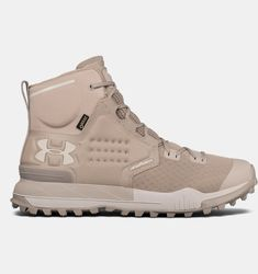 Locked and loaded. Gore Tex Hiking Boots, Special Forces Gear, Boot City, Men's Shoes, Shoe Boots, Camo Boots, Mens Boots Fashion, Under Armour Men, Shoe Collection