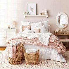 Best Blush Pink And Lovely Bedroom Design Ideas Part 2 ; pink bedroom ideas for women; pink bedroom ideas for kids; pink bedroom ideas for adults; pink bedroom grown up Dusty Pink Bedroom, Pink Bedroom Design, Rose Bedroom, White Bedroom Decor, Pink Room, Home Decor Bedroom, White Bedrooms, Bedroom Designs, Bedroom Furniture