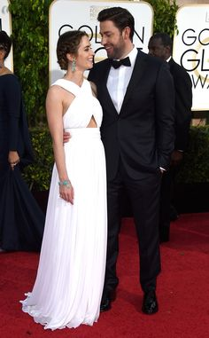 This look. | 19 Photos Of Emily Blunt And John Krasinski That Will Make You Believe In Love Again
