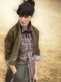 Jessica Brown Findlay - such a wonderful actress!  I love how she portrays Sybil's character on Downton Abbey.