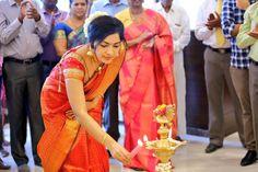 Tamil TV Anchor Ramya Subramanian In Traditional Orange Saree Bollywood Wallpaper MODICARE ESSENSUAL HAND SANITIZER PHOTO GALLERY  | MEDIA.MODICARE.COM  #EDUCRATSWEB 2020-04-19 media.modicare.com https://media.modicare.com//ProductCategory//Thumb/ProductCategory_25022020011755109613045.jpg