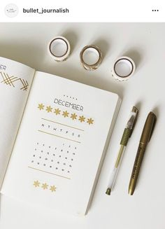 13 Minimalist Bullet Journal Monthly Spread Ideas - - You will love these bullet journal monthly spreads! Bullet Journal Tracker, Bullet Journal Spreads, Bullet Journal Titles, Bullet Journal Monthly Spread, Bullet Journal Cover Page, Bullet Journal Mood, Bullet Journal Hacks, Bullet Journal Inspiration, Bullet Journals