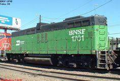 (GP9B). BNSF #1701. Cabless booster unit. Locomotive Engine, Electric Locomotive, Diesel Locomotive, Steam Locomotive, Train Car, Train Tracks, Railroad Pictures, Milwaukee Road, Rail Transport