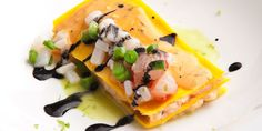 This seafood lasagna with parsley sauce and grated lime peel tastes of the sea and is like a breath of fresh air. Seafood Recipes, Gourmet Recipes, Cooking Recipes, Tasty Dishes, Food Dishes, Seafood Lasagna, Chef's Choice, Food Tasting, Slow Food