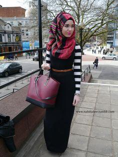 Stripes + Maxi dress + Hijab _ I love beauty wherever I find it Hijab Wear, Hijab Dress, Hijab Outfit, Modesty Fashion, Hijab Fashion, Girl Fashion, Style Fashion, Fasion, Muslim Women Fashion
