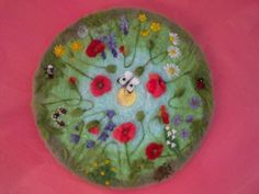 "Needle felted painting ""bloemenweide"" made by Aurea Maduro"