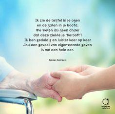 Zo mooi om te zien dat verplegers en activiteitenbegeleiders met hart en ziel voor mensen met dementie zorgen! Activiteitenbegeleidster Isabel schreef er een gedicht over. Dit is één couplet. Het hele gedicht vind je op onze Facebookpagina: http://ow.ly/QY3Ao