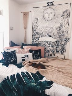 urban outfitters wall tapestry – A mix of mid-century modern, bohemian, and industrial interior style. Home and apartment decor, decoration ideas, hom… – Dorm Room Home Decor Bedroom, Bedroom Wall, Bedroom Ideas, Bohemian Bedroom Design, Design Bedroom, Tumblr Rooms, Aesthetic Rooms, Minimalist Bedroom, My New Room