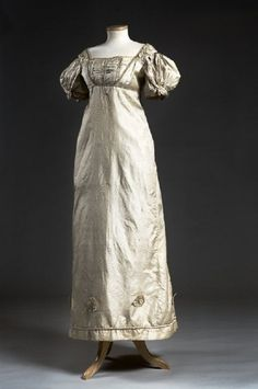 Silk embossed gown, c. 1803, thought to have been first worn by Susannah Richardson at her wedding to John Boyd. Charleston Museum, Obj# HT 746