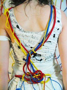 Alumna Cecilia Strada  Diseño I: inspiradas en Jackson Pollock. 6