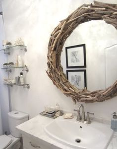 The cuban in my coffee: diy drift wood mirror. Rope Mirror, Flower Mirror, Diy Mirror, Mirror Ideas, Ikea Mirror, Bathroom Mirrors Diy, Spa Like Bathroom, Bathroom Ideas, Downstairs Bathroom