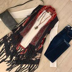 Effortless ski lodge style! ❄️❄️❄️ #boutique #shopping #skilodge #style #skibunny #winter #ootd #fringe #sweater #vest #jeans #accessories #outfit #effortless #bedifferent #standout #shopsmall #mosaicdistrict #fairfaxcorner #shopubonline #ubfashionista