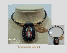 Angeles Vera Bisutería: ESPECIAL ESCAPULARIOS Bracelet Watch, Watches, Bracelets, Lighten Hair, Religious Jewelry, Moustaches, Necklaces, Accessories, Wristwatches