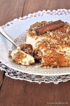 Poutinga (Walnut Syrup Cake with Pastry Cream)