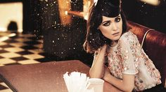 Rose Byrne is just the most fab all-round Aussie girl... she rules