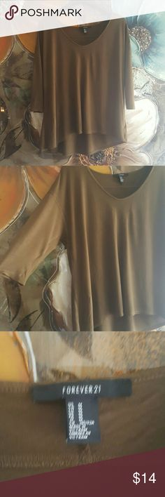 *JUST IN* F21 Olive top Olive green top. Lose fitting. Scoop neckline. Quarter sleeves. Light weight. Forever 21 Tops