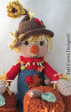 This scarecrow is most adorable!!