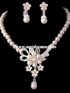 bbf69c08a3 Gorgeous Clear Crystals With Imitation Pearls Wedding Jewelry Set,including  Necklace,earrings And Tiara