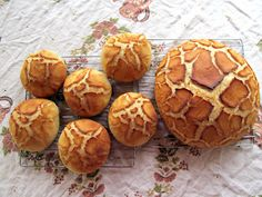 Rise and Shine: Dutch Crunch Bread also known as Tiger Bread (Daring Bakers Challenge Quick Bread, How To Make Bread, Dutch Crunch Bread Recipe, Bread Recipes, Baking Recipes, Tiger Bread, Good Food, Yummy Food, Artisan Bread