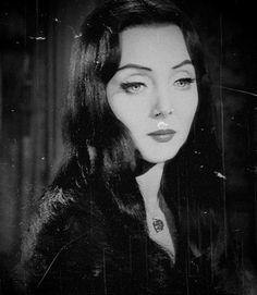 beatnikdaddio:  the lovely morticia.