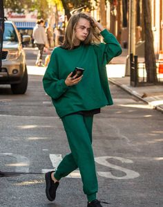 """daiilycelebs: """"  10/10/16 - Cara Delevingne out in NYC. """""""