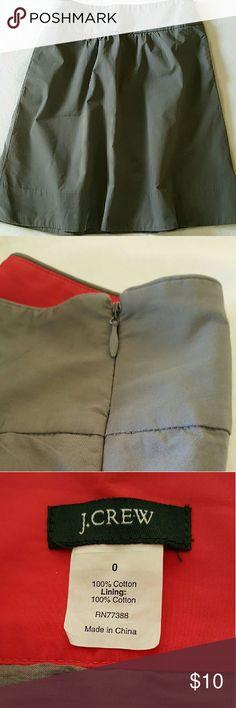 "Skirt J Crew Full A-Line skirt by J Crew. Gray. Side zip closure. Side slit pockets Size 0 Measures (flat): waist 13"",  waist to hem 21"", J. Crew Skirts A-Line or Full"