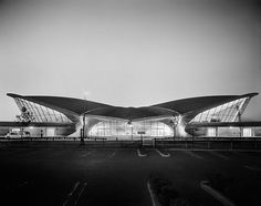 Ezra Stoller, TWA Terminal at Idlewild (now JFK) Airport, Eero Saarinen, New York, NY