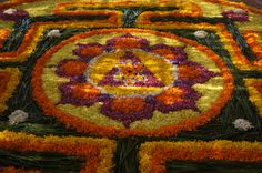 centrepiece of organic mandala