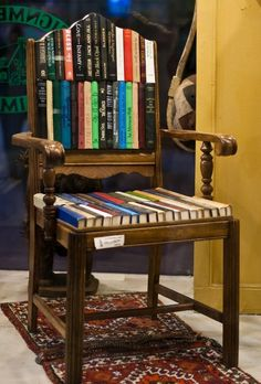 Funky fun use of old books to chair. Upcycled: New Uses for Old Chairs Repurposed Furniture, Painted Furniture, Diy Furniture, Furniture Chairs, Furniture Stores, Upholstered Chairs, Furniture Upholstery, Jardan Furniture, Furniture Design